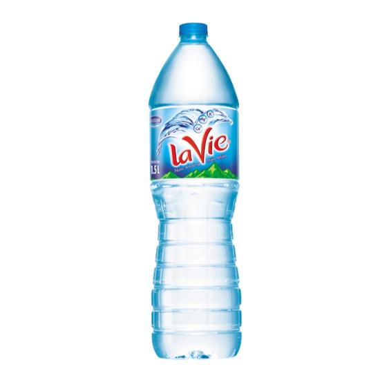 Nước khoáng Lavie 1.5L giao nước
